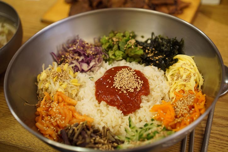 Japanese Vs. Korean Food – The Differences in Culinary Experience Bibimbap