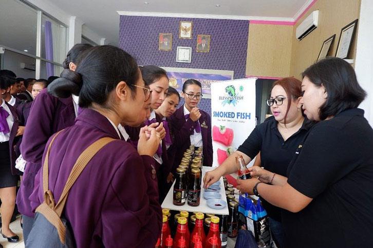 ICA Goes to School Puri Pangan Blessing Fish and Kikkoman