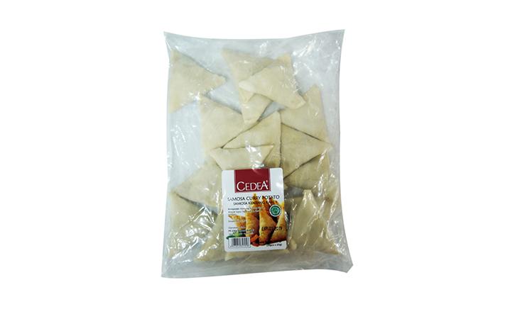 Satu paket Cedea Samosa 500 gram berisi 20 biji samosa lezat yang siap digoreng.