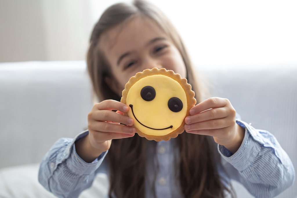 cookies snack girl